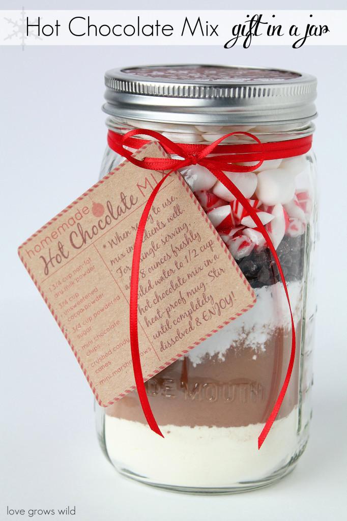 Mason-Jar-Gift-Ideas-Hot-Chocolate-Mix-682x1024